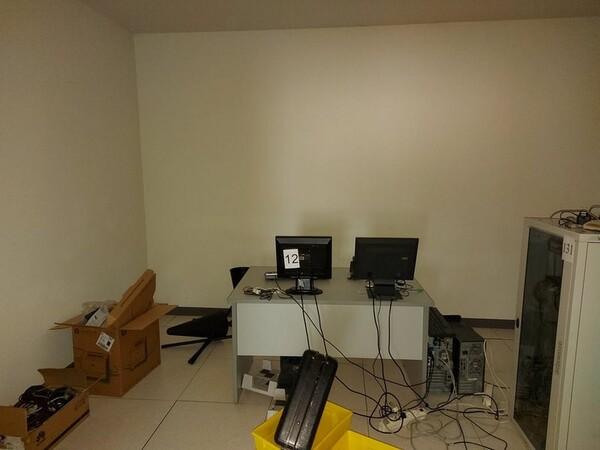 1#5719 Arredi per ufficio in vendita - foto 53