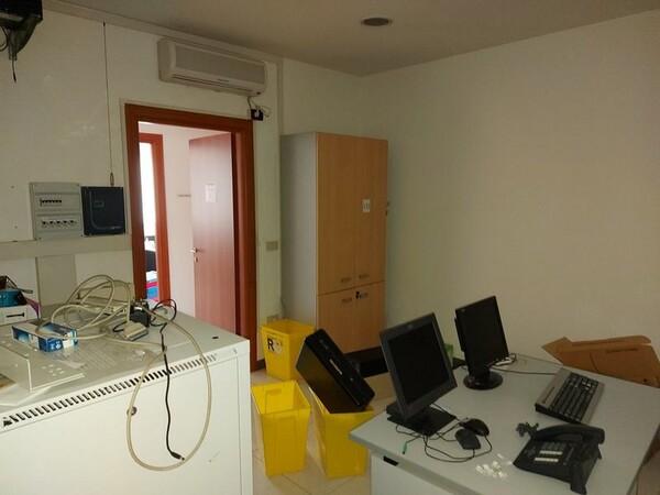 1#5719 Arredi per ufficio in vendita - foto 54
