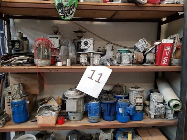 15#5720 Tavoli da lavoro e ricambi in vendita - foto 1