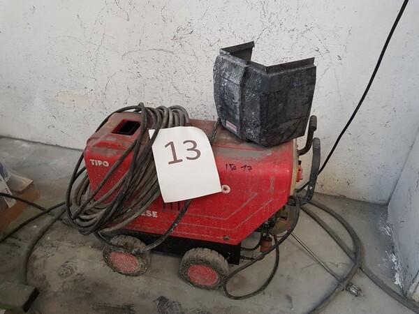 15#5720 Tavoli da lavoro e ricambi in vendita - foto 2