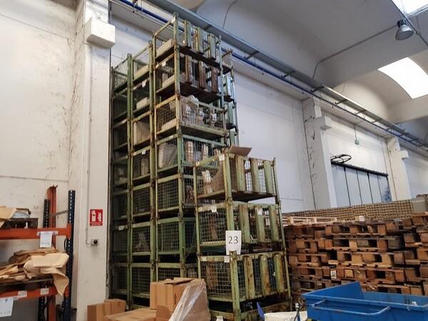 17#5720 Scaffalature e contenitori in ferro in vendita - foto 1