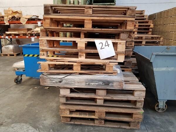 17#5720 Scaffalature e contenitori in ferro in vendita - foto 2