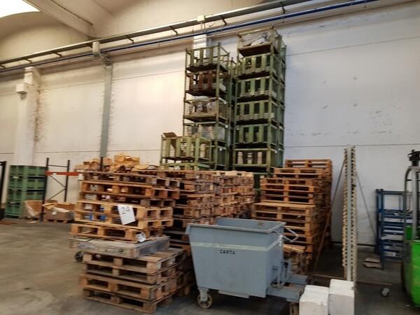 17#5720 Scaffalature e contenitori in ferro in vendita - foto 5