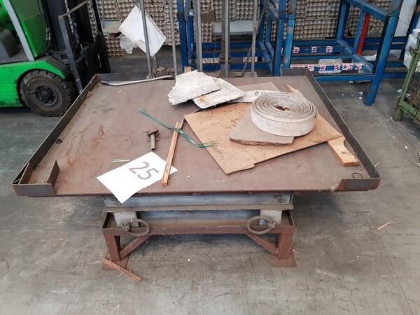 17#5720 Scaffalature e contenitori in ferro in vendita - foto 7