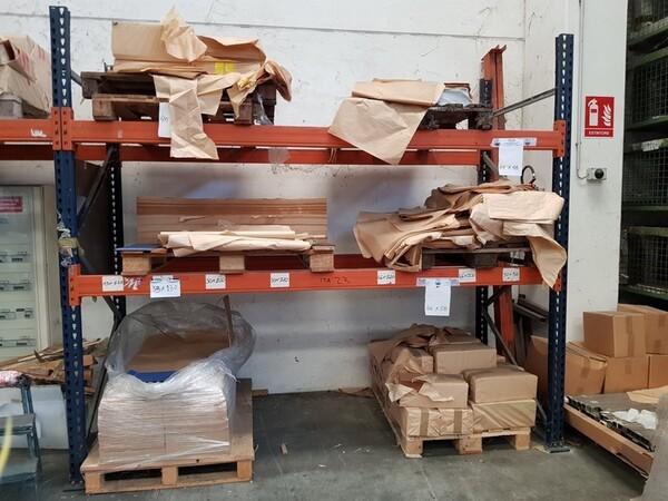 17#5720 Scaffalature e contenitori in ferro in vendita - foto 8