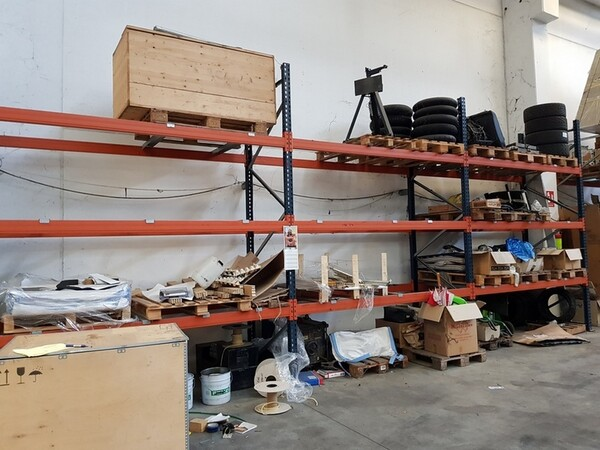 17#5720 Scaffalature e contenitori in ferro in vendita - foto 10
