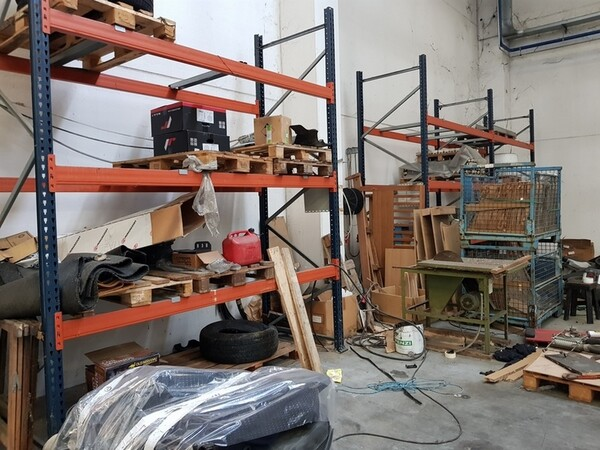 17#5720 Scaffalature e contenitori in ferro in vendita - foto 13