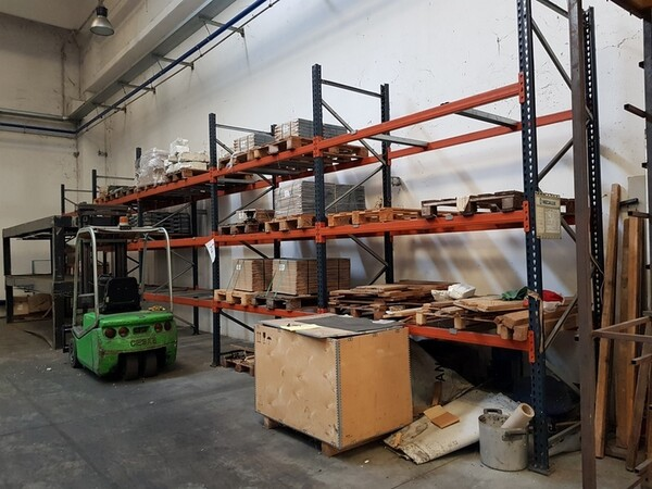 17#5720 Scaffalature e contenitori in ferro in vendita - foto 16