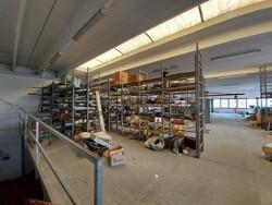 Scaffalature e rimanenze magazzino - Lotto 0 (Asta 5740)