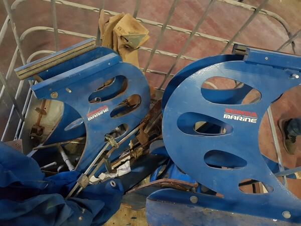 10#5748 Strutture appoggio motori marini in vendita - foto 1