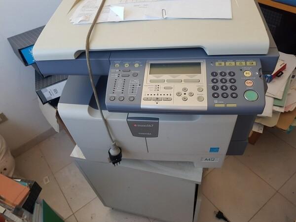 3#5748 Arredi e attrezzature elettroniche per ufficio in vendita - foto 1