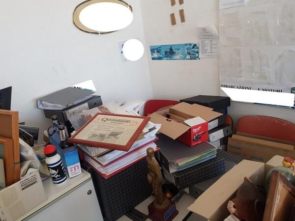 3#5748 Arredi e attrezzature elettroniche per ufficio in vendita - foto 38