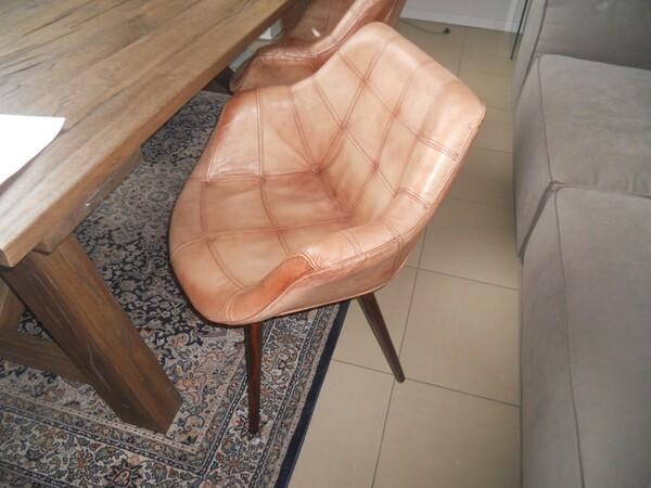 5#5754 Tavolo in legno Divina Nice e poltrone in pelle in vendita - foto 6