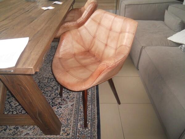 5#5754 Tavolo in legno Divina Nice e poltrone in pelle in vendita - foto 7