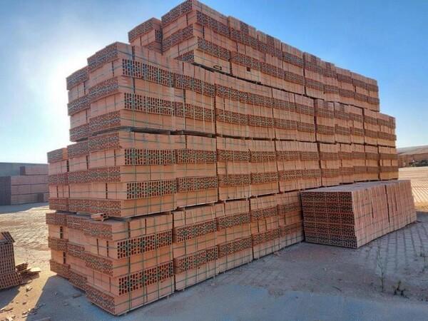 30#5783 Stock di mattoni forati in vendita - foto 1