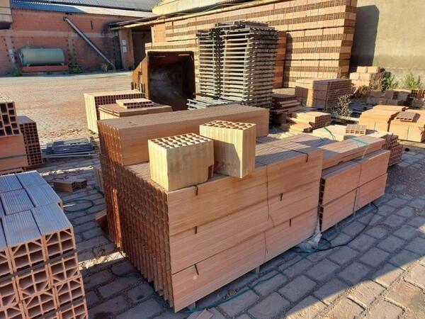 30#5783 Stock di mattoni forati in vendita - foto 2