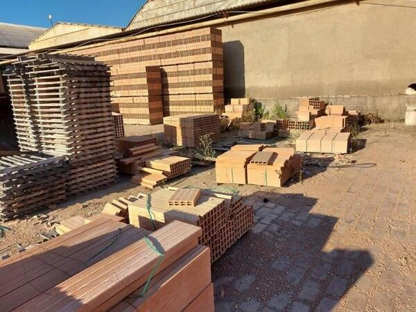 30#5783 Stock di mattoni forati in vendita - foto 3