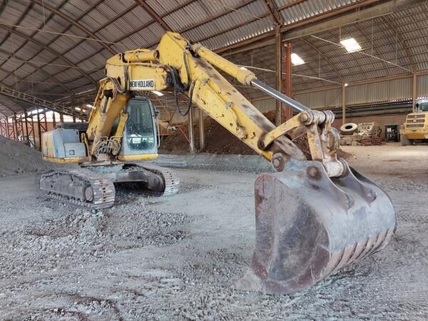 4#5783 Escavatore cingolato New Holland in vendita - foto 5