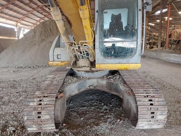 4#5783 Escavatore cingolato New Holland in vendita - foto 8