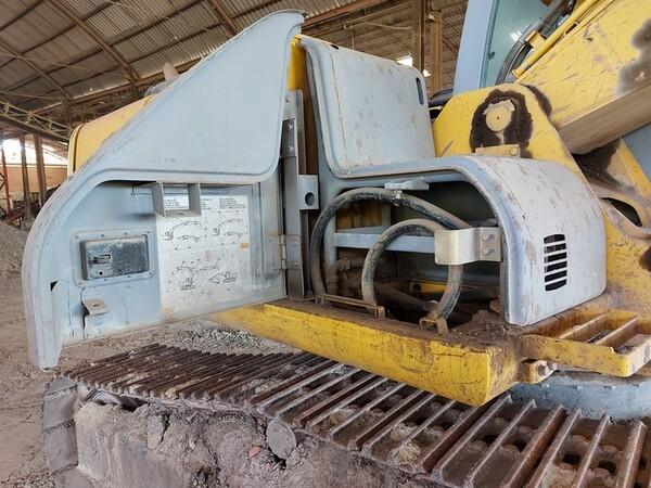 4#5783 Escavatore cingolato New Holland in vendita - foto 11