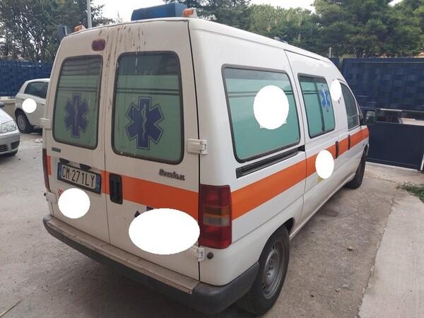 5#5804 Autoambulanza Fiat Scudo in vendita - foto 18
