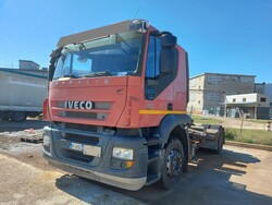 Iveco Magirus road tractors and A V  semi trailers - Lot 0 (Auction 5809)