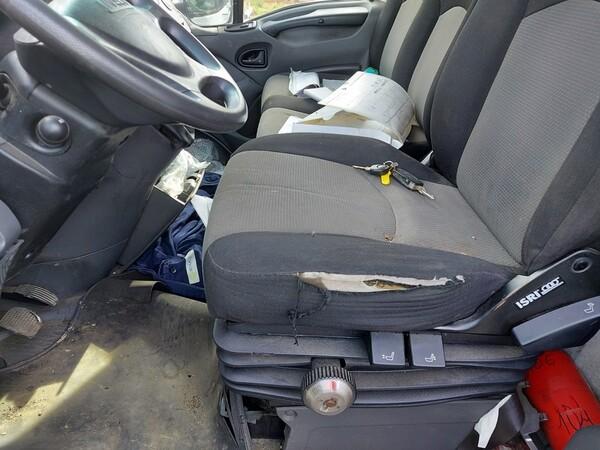 14#5809 Autocarro Iveco 35/E4 in vendita - foto 11