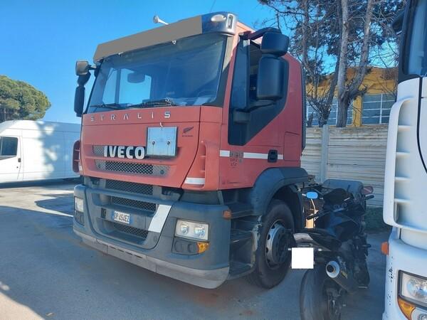 18#5809 Trattore stradale Iveco Magirus A440ST/E4 in vendita - foto 2