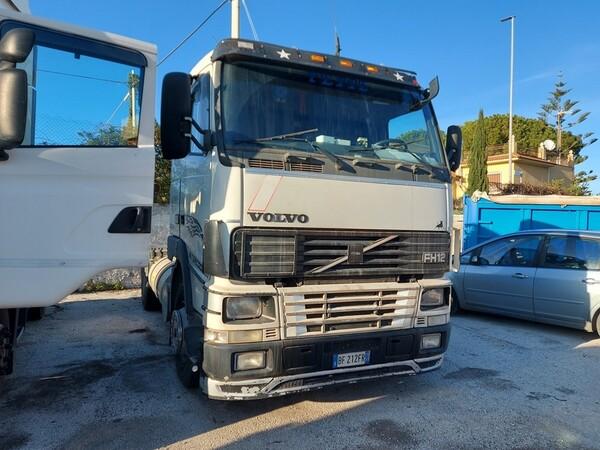 27#5809 Trattore stradale Volvo Truck in vendita - foto 2