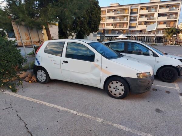 32#5809 Autocarro Fiat Punto Van in vendita - foto 5
