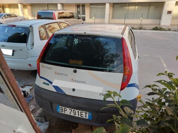 32#5809 Autocarro Fiat Punto Van in vendita - foto 7