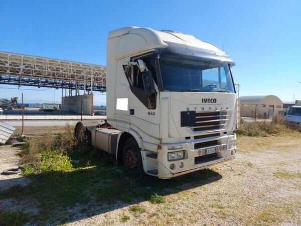 53#5809 Trattore stradale Iveco Magirus A440ST in vendita - foto 2