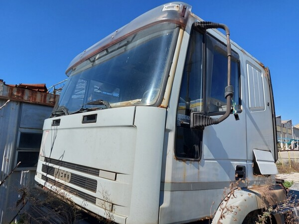 54#5809 Trattore stradale Iveco Magirus 440 in vendita - foto 8