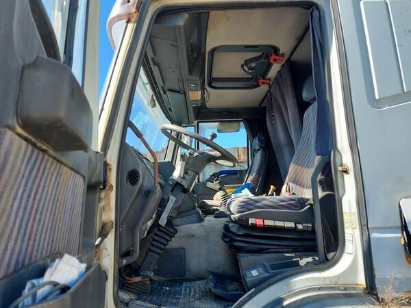 54#5809 Trattore stradale Iveco Magirus 440 in vendita - foto 9