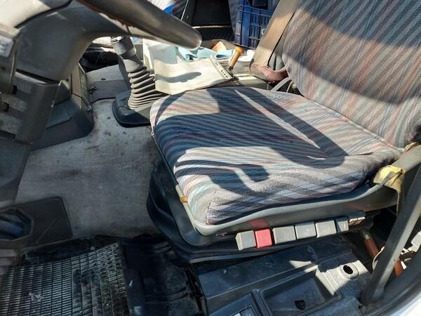 54#5809 Trattore stradale Iveco Magirus 440 in vendita - foto 11
