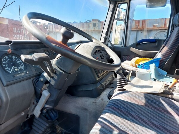 54#5809 Trattore stradale Iveco Magirus 440 in vendita - foto 12