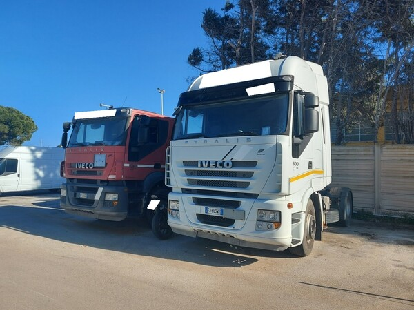 57#5809 Trattore stradale Iveco Magirus AS440ST/E4 in vendita - foto 2