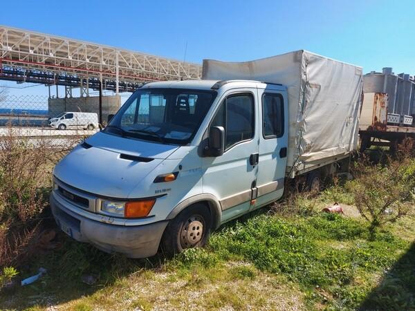 68#5809 Autocarro Iveco 35/29 in vendita - foto 1