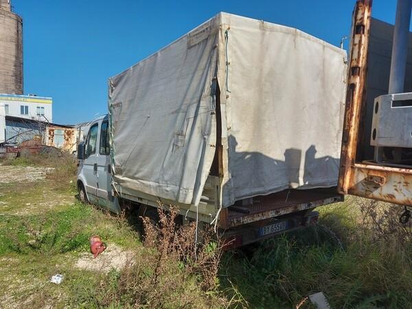 68#5809 Autocarro Iveco 35/29 in vendita - foto 4