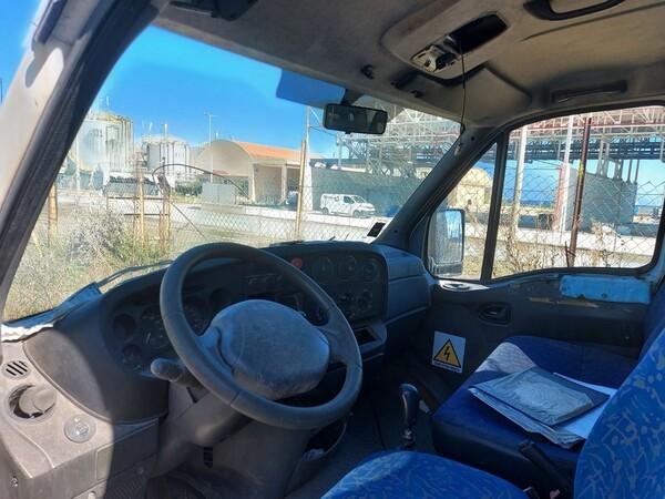 68#5809 Autocarro Iveco 35/29 in vendita - foto 9