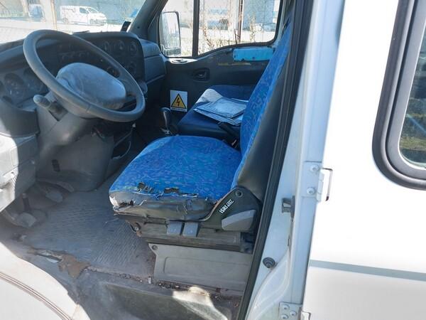 68#5809 Autocarro Iveco 35/29 in vendita - foto 10