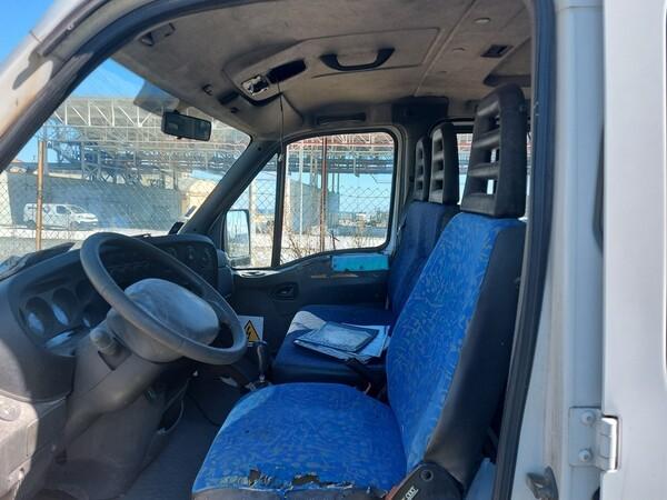 68#5809 Autocarro Iveco 35/29 in vendita - foto 11