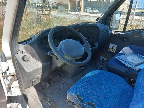 68#5809 Autocarro Iveco 35/29 in vendita - foto 12