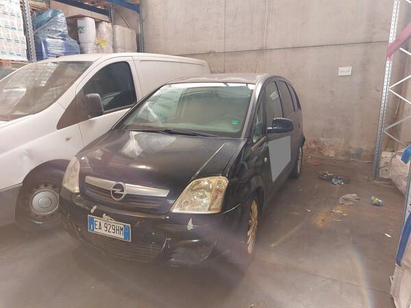 74#5809 Autovettura Opel Meriva in vendita - foto 2