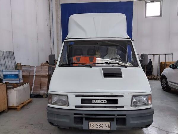 23#5813 Autocarro Iveco in vendita - foto 2