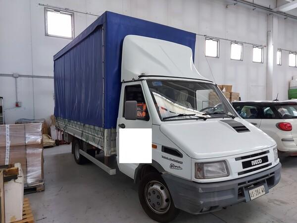 23#5813 Autocarro Iveco in vendita - foto 3