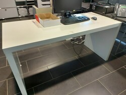 Office furniture and equipment - Lot 25 (Auction 5813)