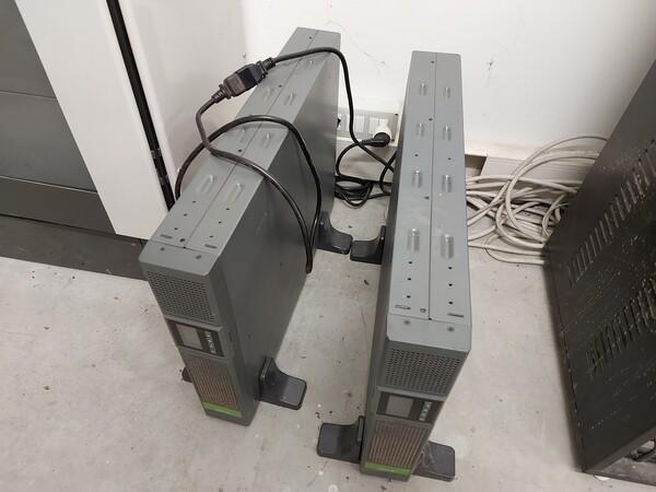 25#5813 Arredi e attrezzature da ufficio in vendita - foto 24