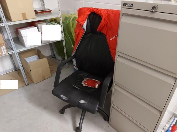 25#5813 Arredi e attrezzature da ufficio in vendita - foto 34