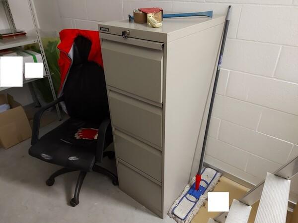 25#5813 Arredi e attrezzature da ufficio in vendita - foto 35